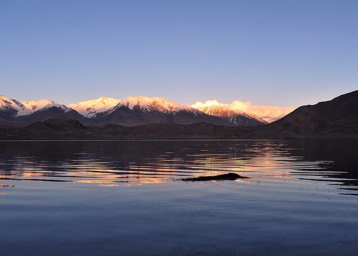 卡拉库里湖